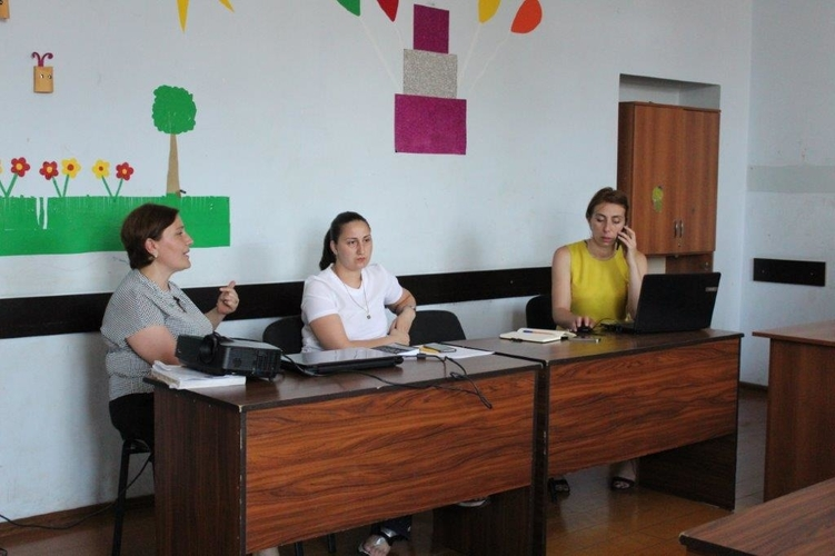 Round table discussion in Zugdidi